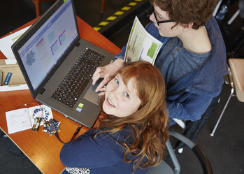 Programmieren lernen mit dem Calliope mini Image