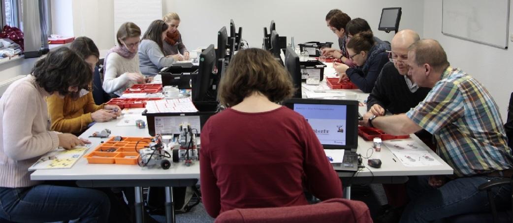 Roboter programmieren mit Open Roberta @Fraunhofer IAIS Image