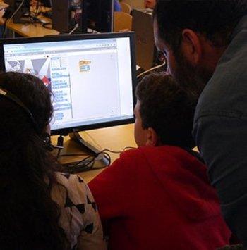 Initiation au code avec Scratch pour les enfants Cover Image